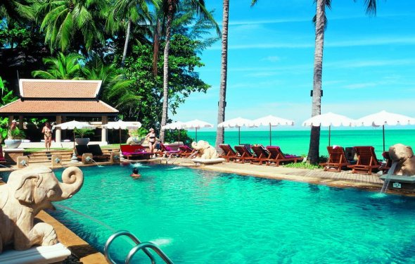 Karon Beach - The Best Places to Visit in Phuket, Thailand