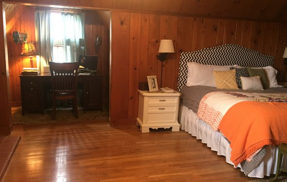Master-Bedroom-w.-Office-Nook-(b) | Real estate services in Lamesa